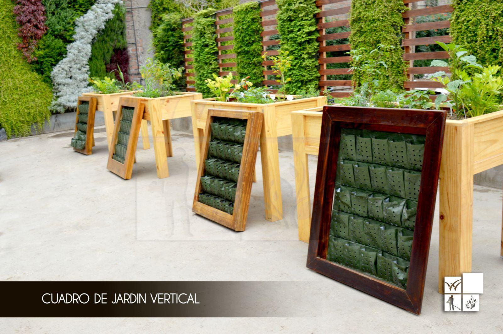Como hacer un jard n vertical casero vivero chaclacayo for Materiales para jardines verticales